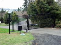 Estate Swing Gate with 1000H Gate Opener